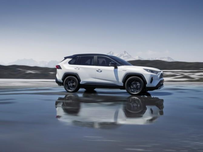 Новый <b>Toyota RAV4</b> будет выпускаться в России :: Новости ...