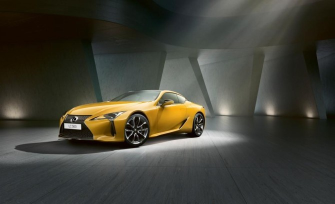 Lexus LC Yellow Edition