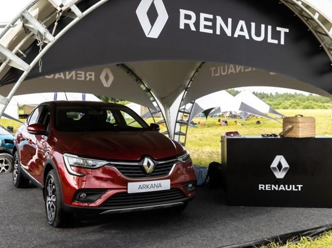 Эксперты назвали конкурентов купе-кроссовера Renault Arkana