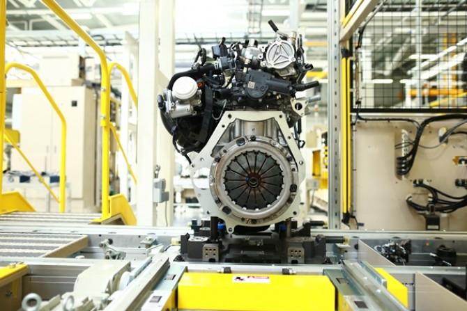 «Мазда Соллерс» начинает отгрузки двигателей в Японию