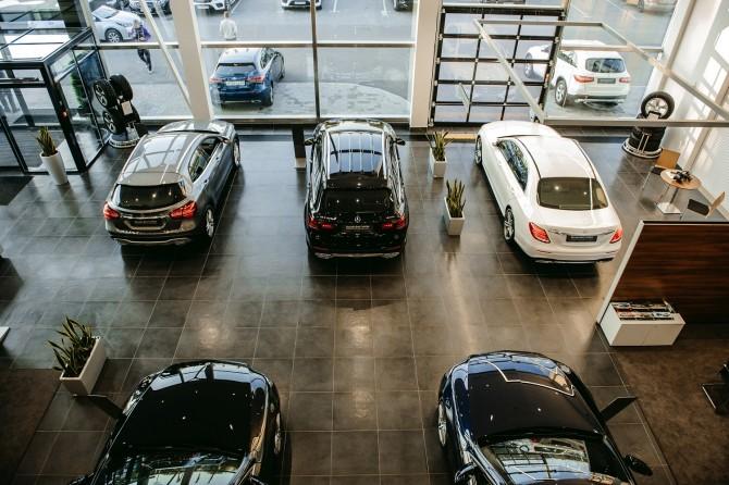 Россияне купили новых автомобилей на 1,8 трлн рублей
