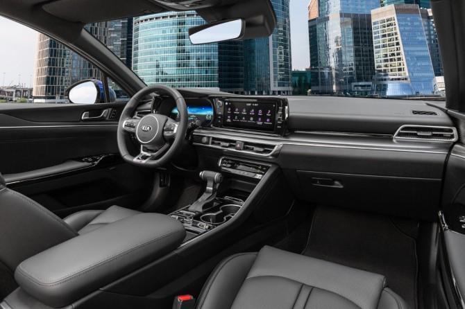 Стали известны цены и комплектации нового бизнес-седана KIA К5