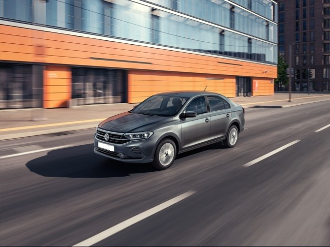 KIA Rio vs Volkswagen Polo: «битва» за Москву