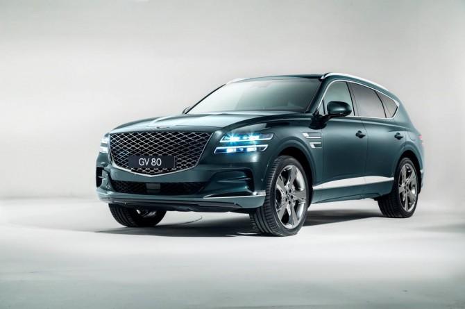 Genesis представил две новые модели в России