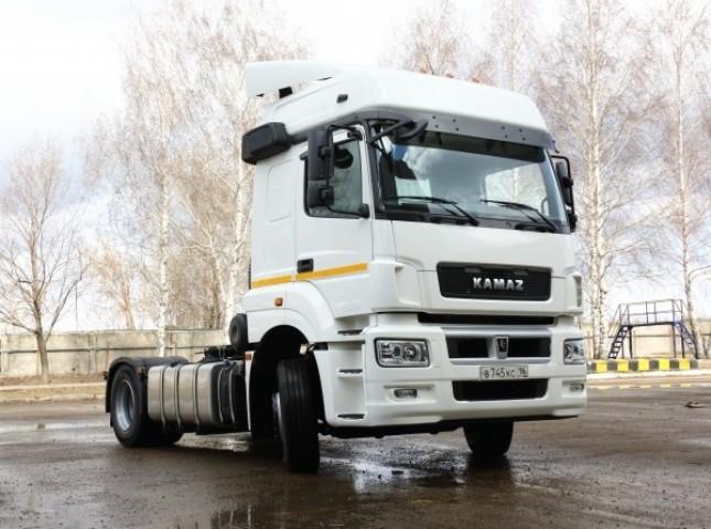 Рынок новых грузовых автомобилей в апреле вырос на 20%