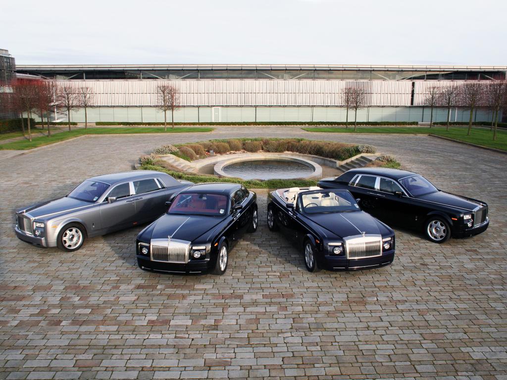 Продажи Rolls-Royce в России увеличились на 35%