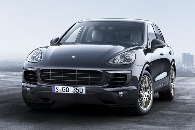 Porsche привез в Россию спецверсию Cayenne