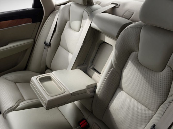 170140_Interior_Rear_Arm_Rest_Volvo_S90.jpg