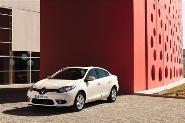NEW Renault Fluence (1).JPG